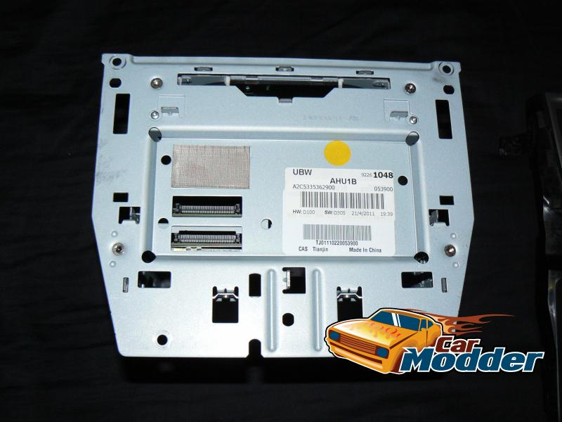 Carmodder fitting a series ii iq unit for the holden ve iq sat nav board removed cheapraybanclubmaster Choice Image